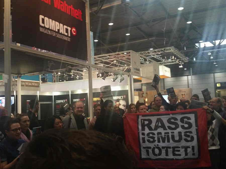 lbm16 - Protest gegen Compact