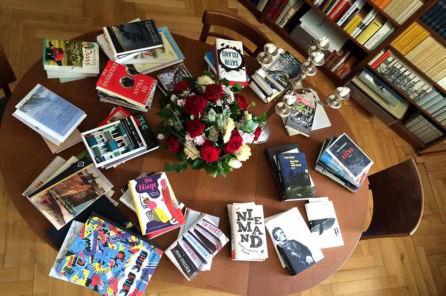 Der Tisch der ungelesenen Bücher