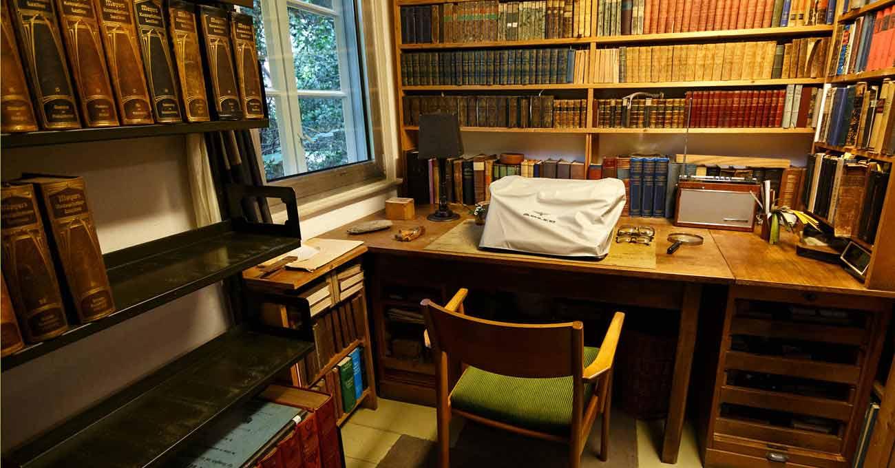 Arno Schmidts Schreibtisch im Bargfelder Wohnhaus